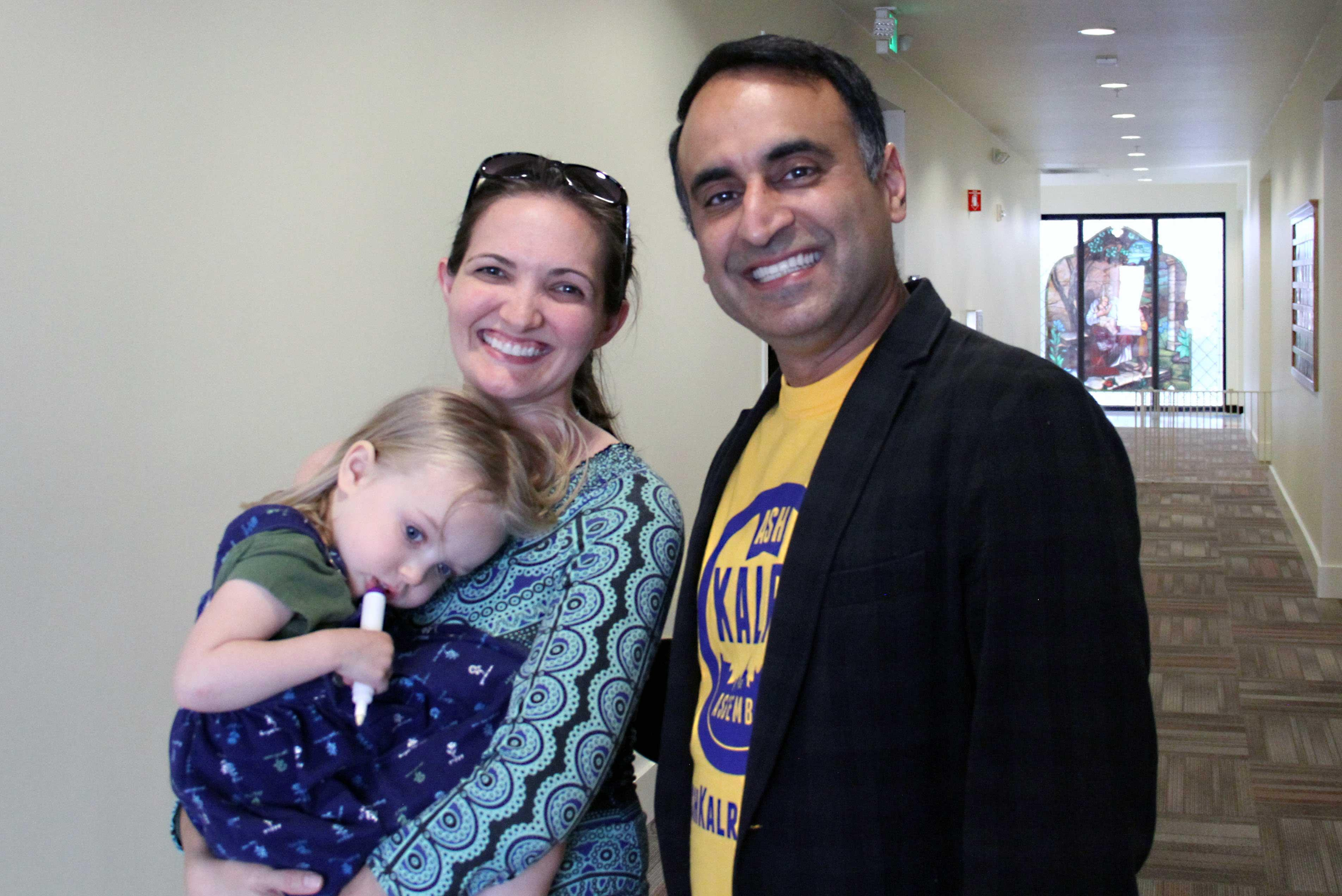 An AFSCME Local 101 member with San Jose City Councilman Ash Kalra, who is running for California State Assembly.